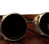 behind-scenes-07-steampunk_hero_goggles-rusted4