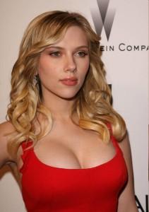 scarlett-johansson-red-dress